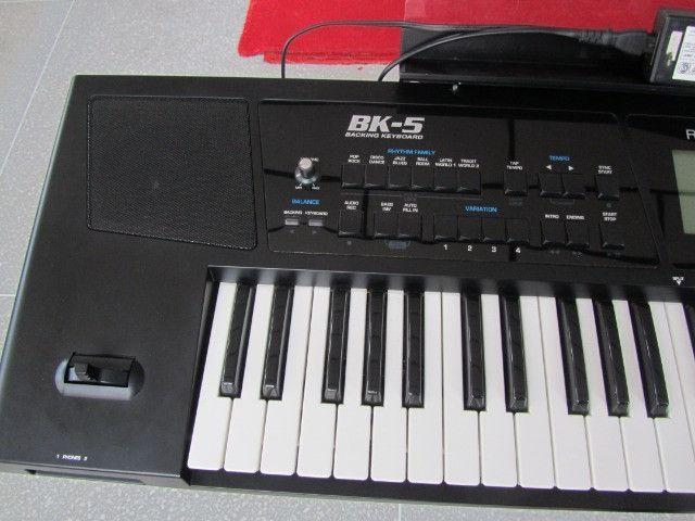Bk5 Roland c/ritmos Brasil lindo parcelo cartão/ML faço brik Yamaha,Korg,Casio - Foto 6
