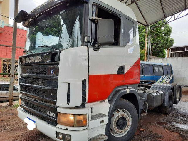 Scania 124 G 420 truck