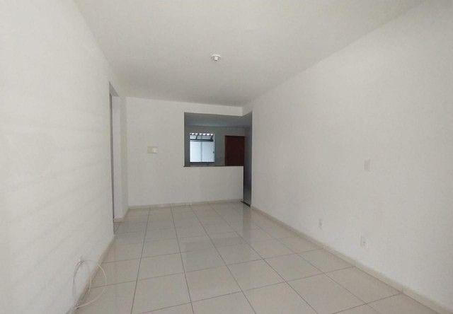Apartamento com 2 dormitórios, suíte, ampla área externa à venda por R$ 190.000 - Cidade d - Foto 8
