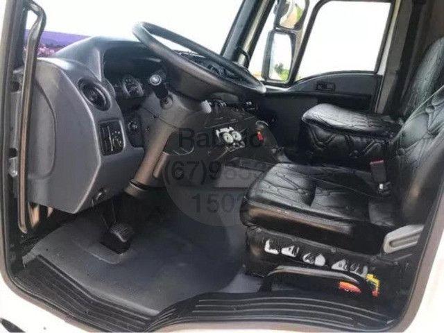 ford cargo turbo E 2014 NO baú - Foto 11