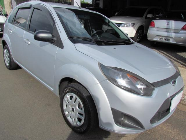 Ford Fiesta 1 0 8v Flex  Class 1 0 8v Flex 5p 2014