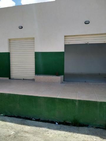 Alugo sala comercial, no conjunto Augusto Franco,