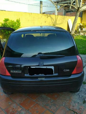 Clio 1.0 16V - Foto 2