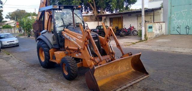Retroescavadeira Case 580M 4x4 Ano 2009 - Foto 2