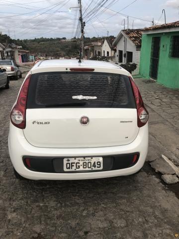 Fiat Palio 1.4 ATTRACTIVE 8V FLEX 4P MANUAL - Foto 2