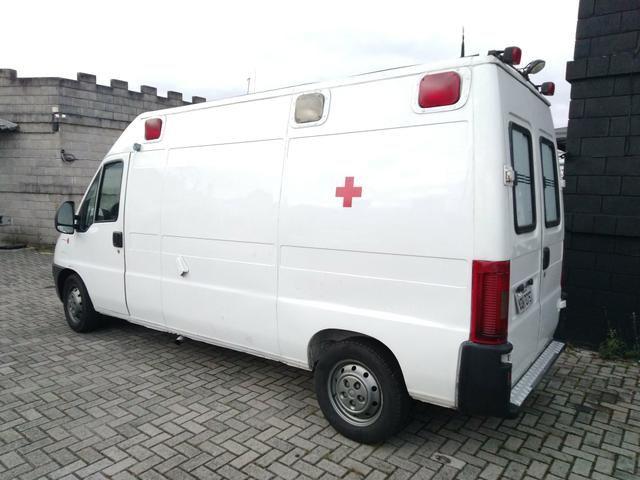Ambulância - Foto 9