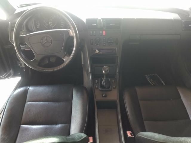 Mercedes C180 Classic - Excelente estado - Foto 8
