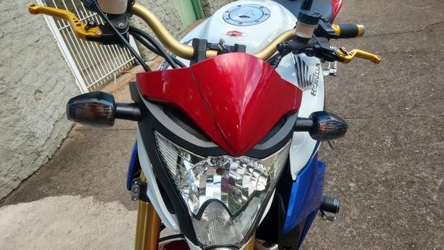 Honda CB 1000R 2013 apenas 21.712 km IPVA 2020 pago - Foto 12