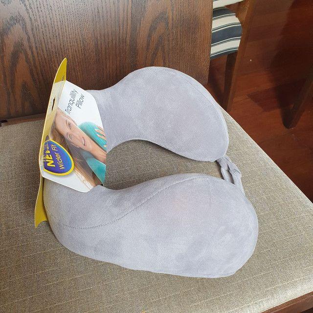 Travesseiro Ergonômico De Pescoço Nasa Travel Blue - Foto 2