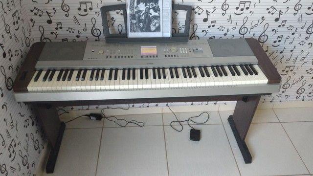 Piano digital Yamaha DGX 640 - Foto 3