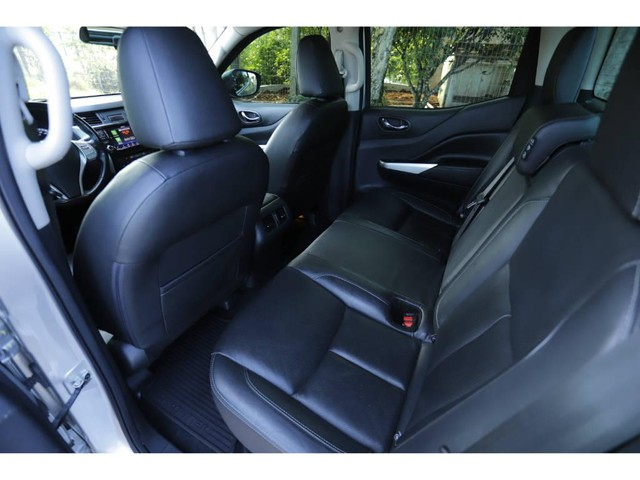 Nissan Frontier XE 2.3 4X4 BI-TURBO DIESEL AUT. - Foto 10