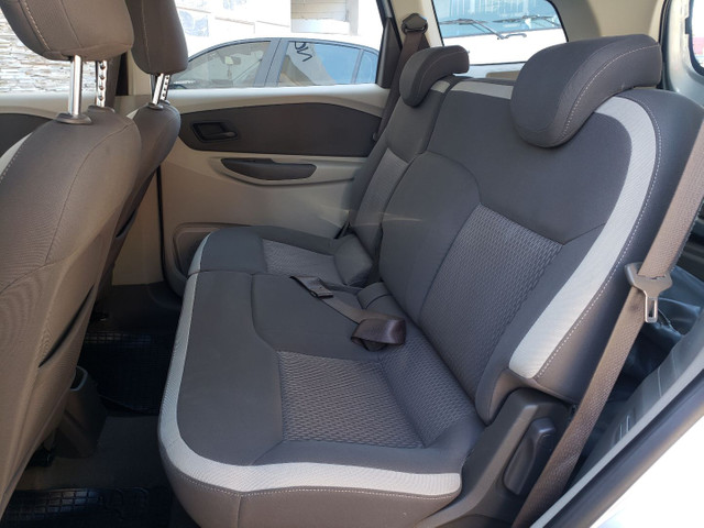 Chevrolet Spin 1.8 LT 5 Lugares vendo troco e financio R$  - Foto 13