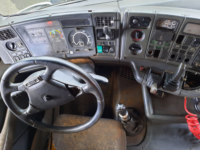 Scania 124 G 420 truck  - Foto 10