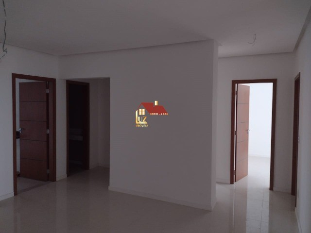 Geovanny Torres vende - Ed. Piazza Savona 181m 3suites + infor %%