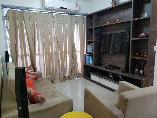 Apartamento - Rua Orquídeas no Jóquei - 94