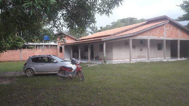 Vende-se esta casa, no Setor Chacareiro em Ji-paraná