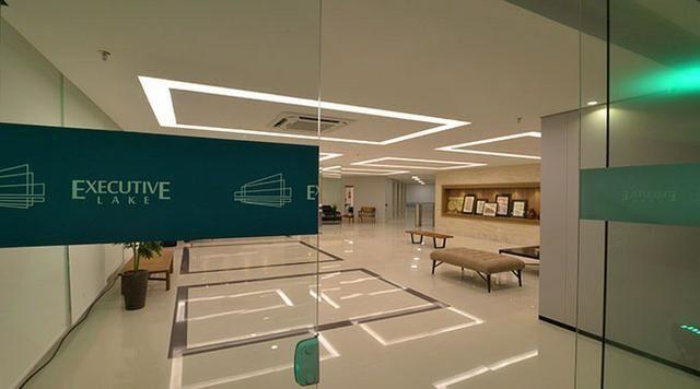 Sala Comercial - em prédio com alta tecnologia e em área nobre