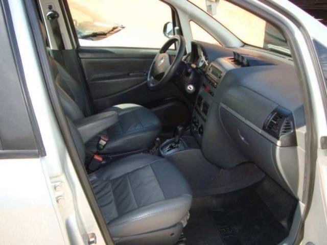 Fiat Idea 1.8 MPI Adventure Locker 4P 2010 - Foto 6