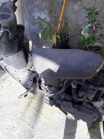 Moto para retirar peças - Foto 2
