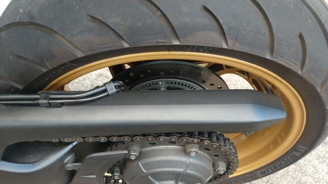 Honda CB 1000R 2013 apenas 21.712 km IPVA 2020 pago - Foto 8