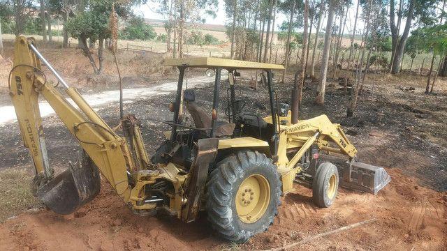 Retrô escavadeira maxiom 750  - Foto 5