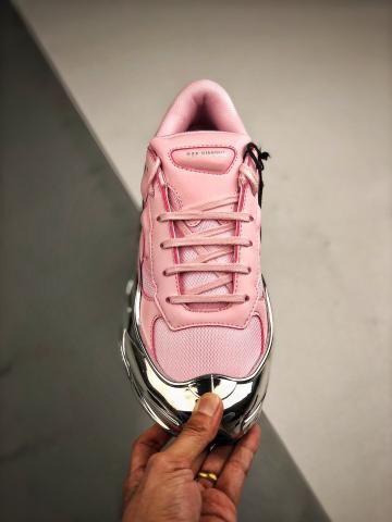 Tênis Adidas Raf Simons Ozweego Silver Rose - Foto 6