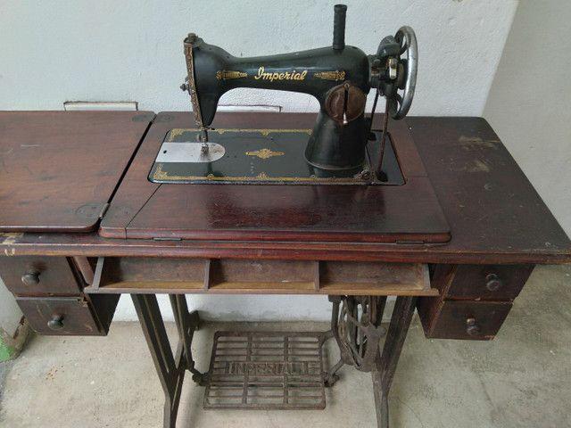 Máquina costura antiga Imperial  - Foto 2