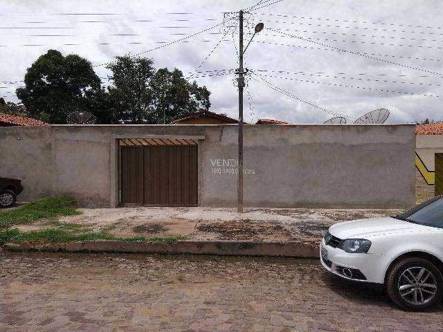 Terreno 12x35,7 com uma casa dentro