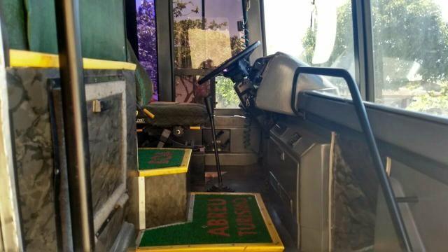 Ônibus 93 motor 113 aceito troca - Foto 6