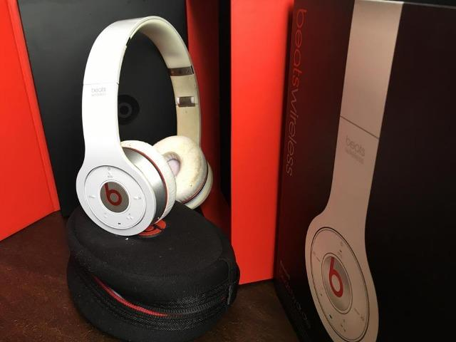 Beats wireless Bluetooth
