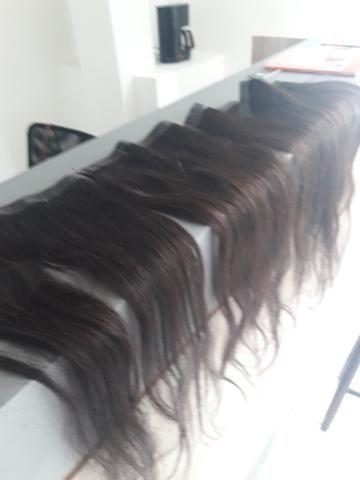 Mega hair na fita adesiva