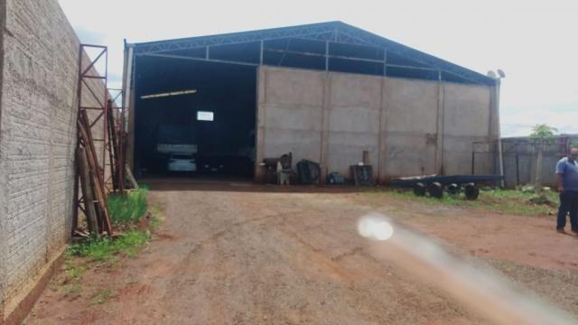 8271 | Galpão/Barracão à venda com 1 quartos em VALE AZUL, MARINGA
