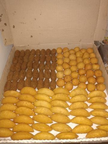 Aceitam-se encomendas de salgadinhos para festas A partir de 25 reais - Foto 4