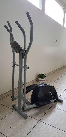 Elíptico, simulador de caminhada da caloi - Foto 3
