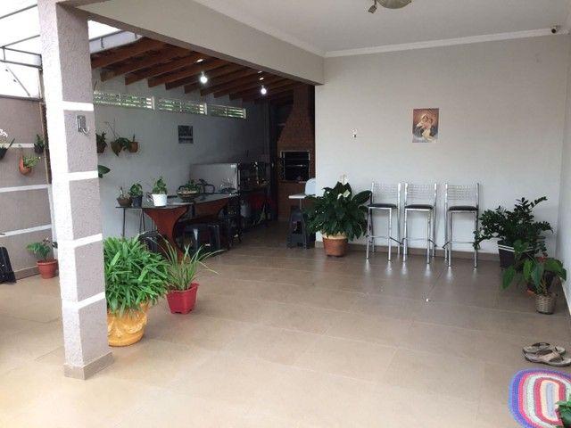 Casa com 2 dormitórios mais 1 suíte à venda, 115 m² por R$ 420.000 - Jardim Novo Oásis - M - Foto 4