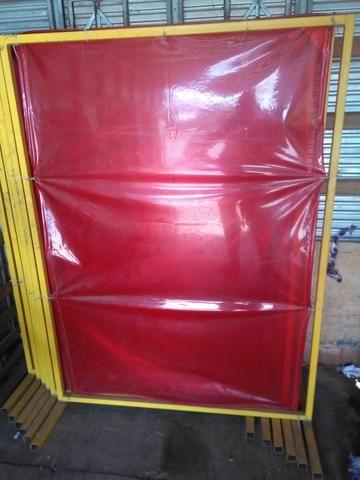 Curtina de carbografite para proteção contra solda