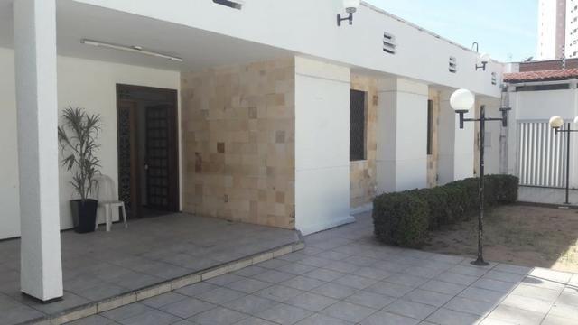 Joaquim Távora - Casa Plana com 660m² com 5 quartos e 2 Vagas - Foto 2