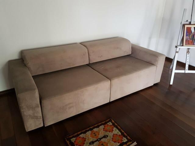 Sofá cama semi-novo