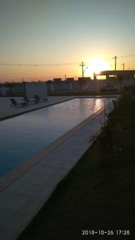 Alugo casa no bairro Sim, R$ 600 reais com 2 quartos, piscina