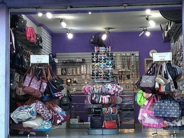 Loja de bijuterias, bolsas e acessórios femininos por r$ 49.000 - capão raso - curitiba/pr - Foto 3