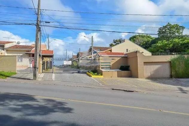 Linda Casa 03 quartos c/suite terreno 02 vagas no Santa Candida Curitiba - Foto 19