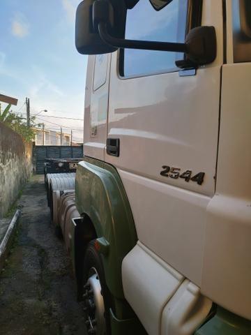 M.benz 2544 - Foto 2
