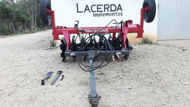 Grade aradora 14 X 26 para trator