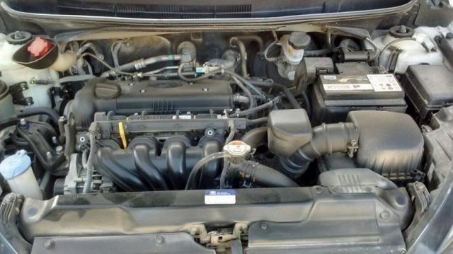 HYUNDAI IMP HB20 COMFORT PLUS 1.6 16V FLEX Branco 2014/2015 - Foto 12