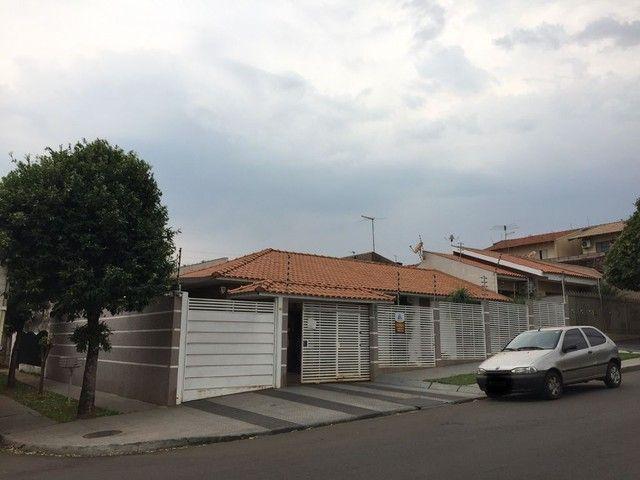 Casa com 2 dormitórios mais 1 suíte à venda, 115 m² por R$ 420.000 - Jardim Novo Oásis - M - Foto 2