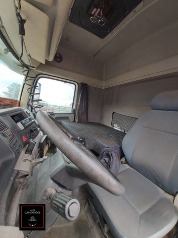 VW 25370 Ano 2011 - Foto 8