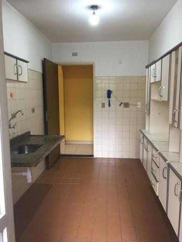 Apartamento 80m² 3 domrs 3 banheiros e uma sacada na calçada no shopping Campo Limpo