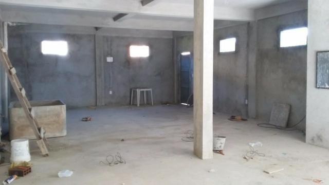 Predio comercial com galpão e dois apartamentos - Foto 5