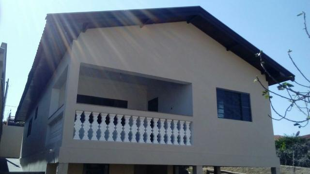 Ótima casa localizada no Jd Res Emprel