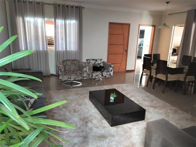 Casa à venda com 3 dormitórios em Coliseu, Londrina cod:6271